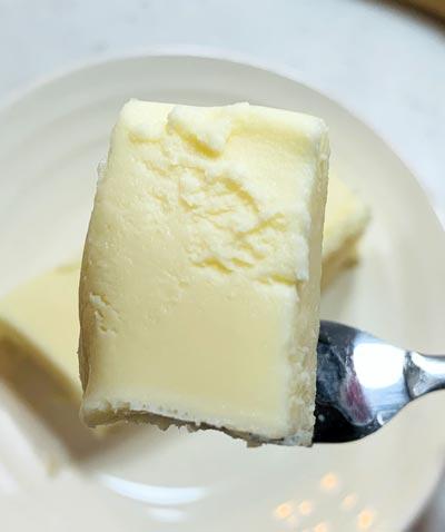 業務スーパーの冷凍リッチチーズケーキ