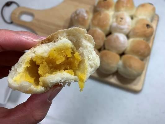 スイートポテト半分で作ったちぎりパン