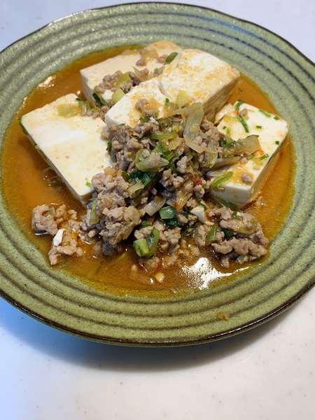 業務スーパーの豆腐で作った麻婆豆腐