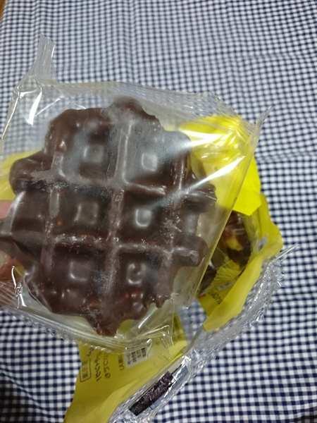 個別包装された業務スーパーのベルギーワッフルチョコレート1個