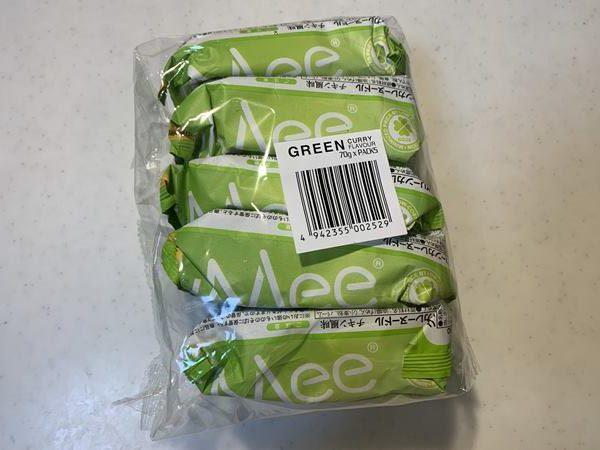 5食1パックの業務スーパーのグリーンカレーヌードル