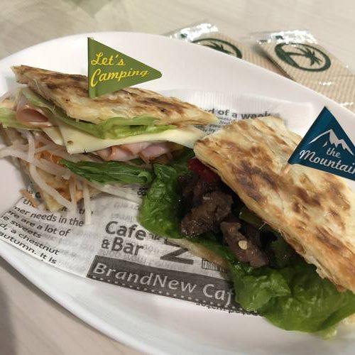 業務スーパーのパラタを使った2種のサンドイッチ