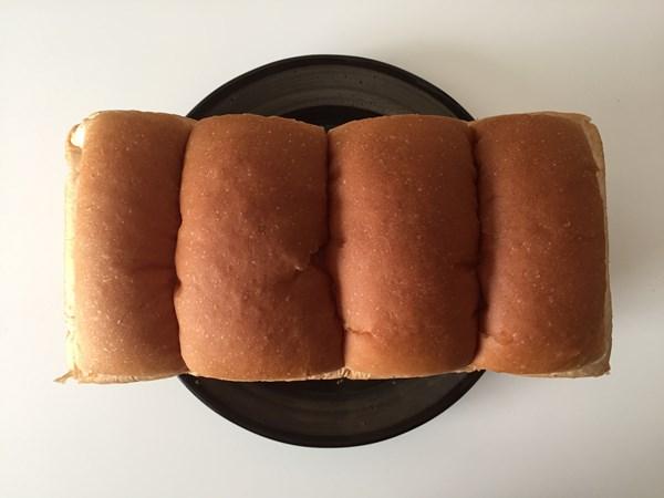 上から見た業務スーパーのイギリスパン