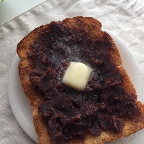 完成したあんバタートースト