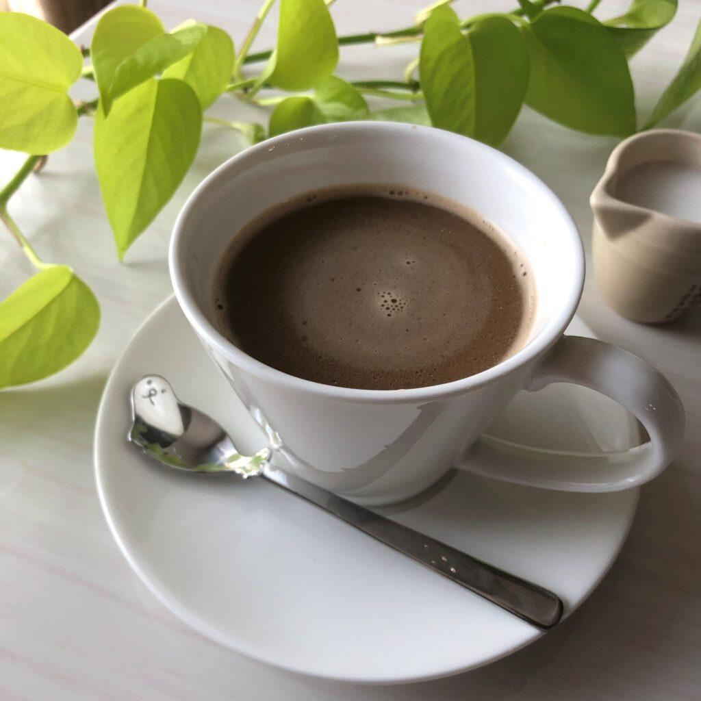 ココナツミルク入りコーヒー