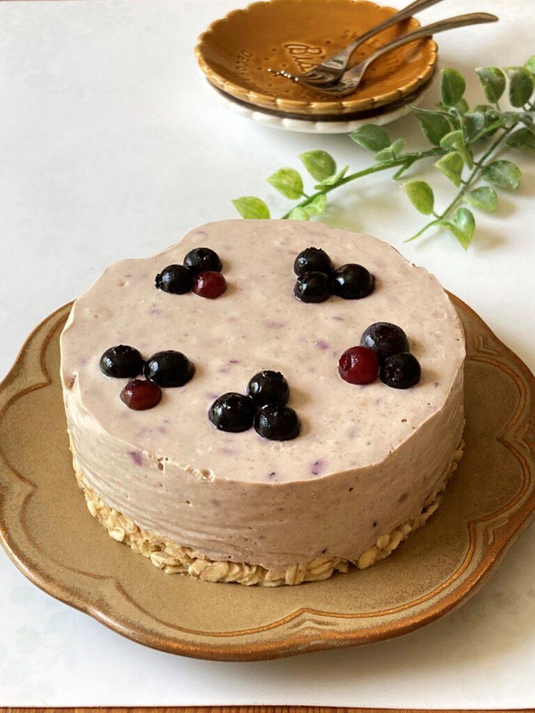 業務スーパーのとろけるパンナコッタで作ったブルーベリー風味のレアチーズケーキ